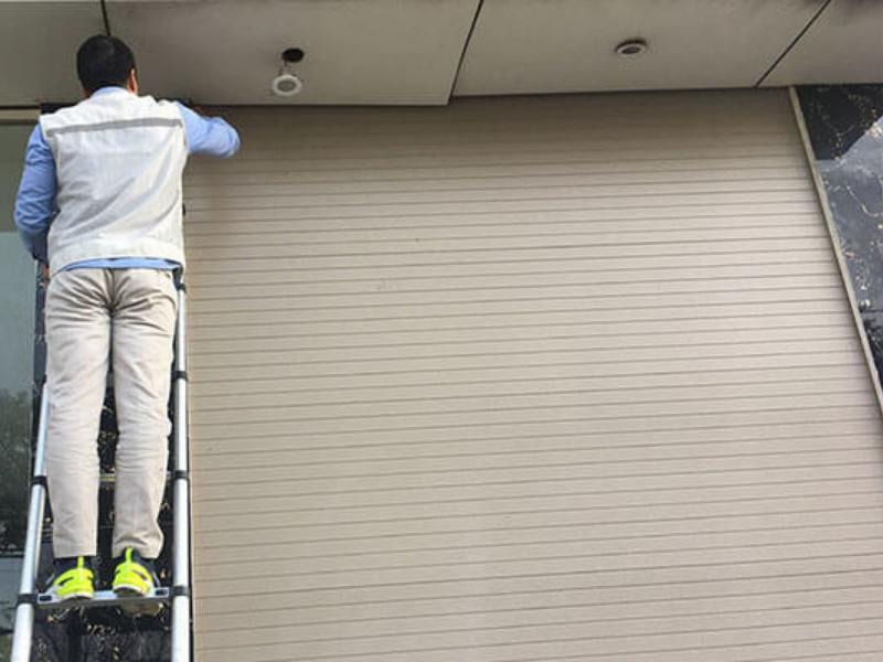 Dịch vụ sửa chữa: Hướng dẫn cách sửa cửa cuốn tại Thủ Dầu Một Bình Dương Nguyen-nhan-hu-cua-cuon-tu-tu-nhien-den-con-nguoi